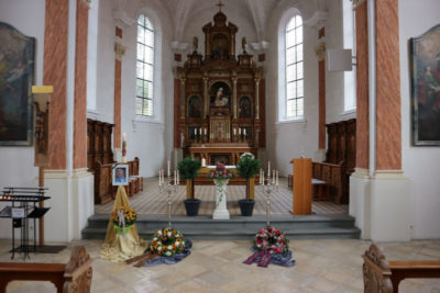 Trauerfeier Bestatter Kraft
